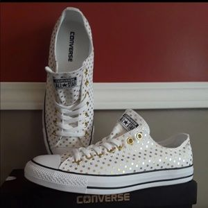 White gold polka dots converse sneakers